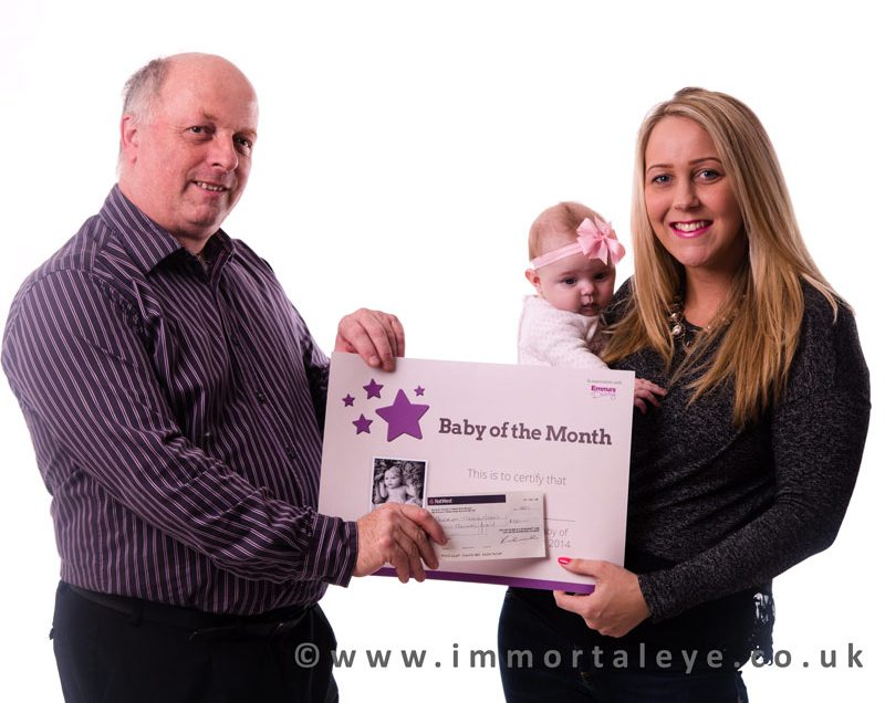 Wow. I WON A NATIONAL BABY PHOTOGRAPHY COMPETITION
